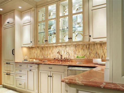 how to make a kitchen backsplash 1000 ideas about hgtv kitchens on 8735