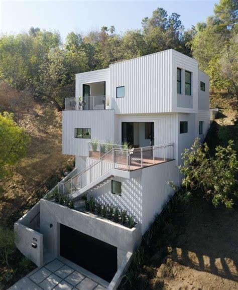 stack house ist  einen steilen hang von los angeles