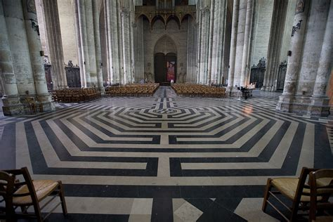 5 Famous Floor Designs To Inspire You  Tour Wizard