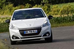 Peugeot 208 Blanche : peugeot 208 prix et nouvelle gamme en f vrier 2017 l 39 argus ~ Gottalentnigeria.com Avis de Voitures