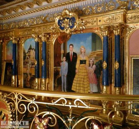gold     russian oligarch house