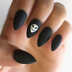 Matte black alien stiletto nails | Nail Art | Pinterest ...