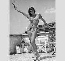 Joan Collins Annex