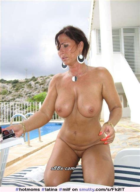 Latina Milf Mom Mother Pool Hotmoms