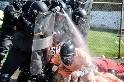 Mock Prison Riot In Moundsville Again Draws National Global Interest News Sports Jobs