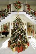 Luxurious Christmas Tree Decorating Ideas For School Decor Huge Christmas Trees Radko Christmas Tree Christmas Decor Staircase