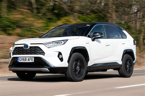 toyota rav  uk review auto express