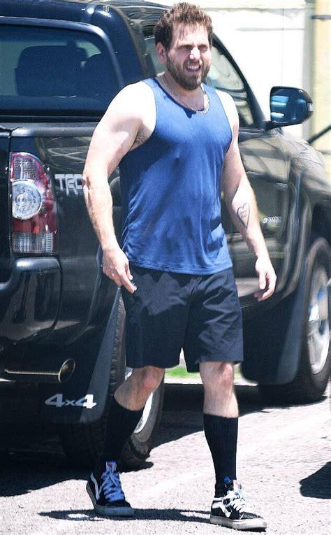 jonah hill   bulging biceps serve  major fitness
