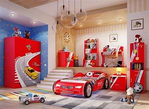 deco chambre garcon 27 idees originales theme voiture With maison design avec piscine 19 le lit voiture pour la chambre de votre enfant