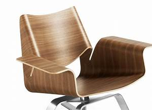 Steelcase Enters Marketing Deal With Blu Dot Furniture