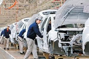 Sales slump sees inventories piling up - Business ...