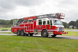 Pierce-velocity-aerial-ladder-fire-truck-29536-royersford-fd 078