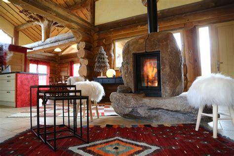 neologis construction fuste maison bois brut poteau poutre
