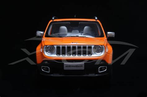jeep renegade orange 2017 dealer edition jeep renegade in 1 18 released xdiecast