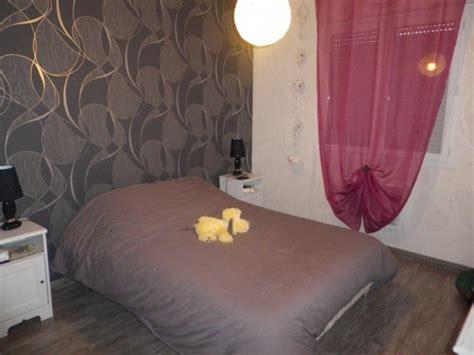 tapisserie pour chambre adulte tapisserie chambre moderne