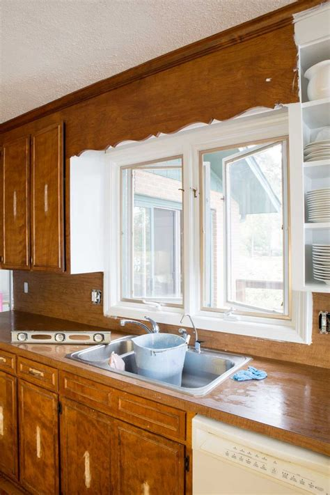 how to prep kitchen cabinets for painting best 25 pine kitchen cabinets ideas on 9527