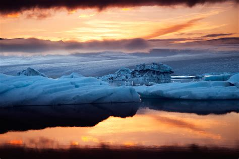 pictures  iceland light  dark