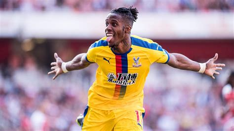 arsenal offer players exchange wilfried zaha premier league
