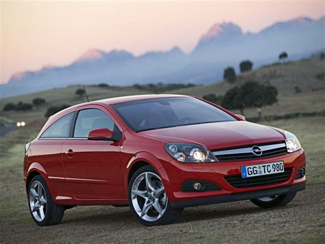 Opel Astra 2005 by 2005 Opel Astra H Pictures Information And Specs Auto