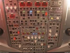 Cockpit - How Is The Lighting Panel Of An Airbus A340 Designed And How Does It Work