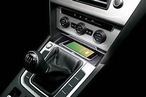 Handyhalterung Auto Wireless Charging : inductive charging for your vw arteon upgrade your car ~ Kayakingforconservation.com Haus und Dekorationen