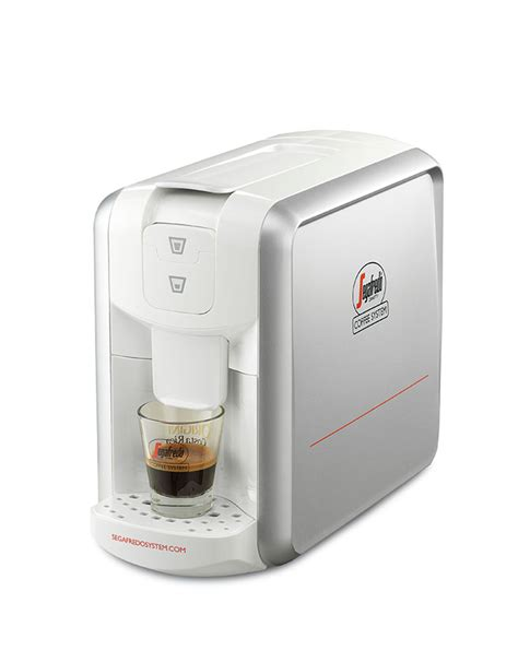The best quality coffee cultivated and selected from its source, and enhanced with a natural decaffeination method, in order. SEGAFREDO COFFEE SYSTEM: ESPRESSO 1 CAPSULE MACHINE   Boncafé