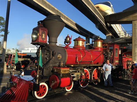 disneys  magic   steam trains  walt disney world laughingplacecom