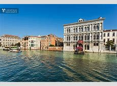 Apartment for sale in Venice, on the Canal Grande