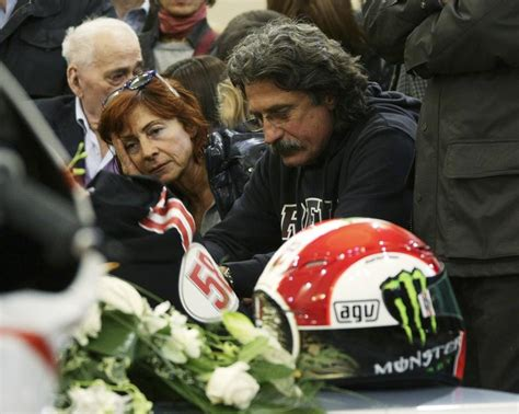 marco simoncellis funeral draws thousands  motogp fans