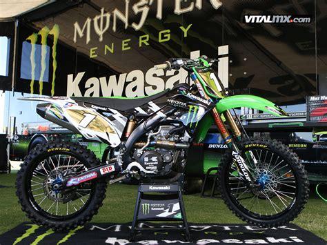 ryan villopoto bikes   monster energy cup