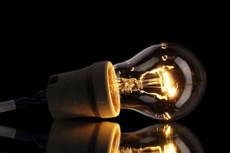 Incandescent Lighting by Dubai Abu Dhabi Ban High Energy Incandescent Light Bulbs