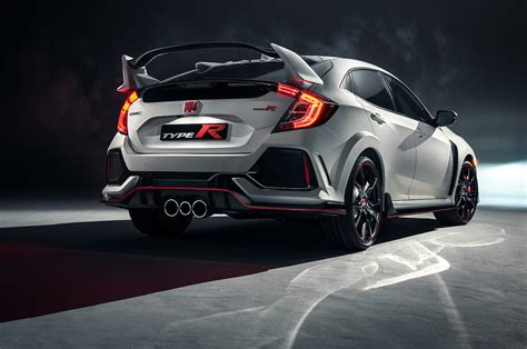 2017 Honda Civic Type R First Look - Motor Trend Canada