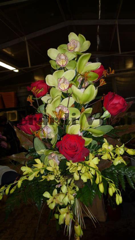 fiori per cimitero composizioni floreali per loculi dg45 187 regardsdefemmes