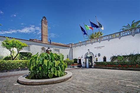 Official Photos Gallery  San Domenico Palace Hotel, Taormina. Brookhaven House. Boutique Hotel Steinerwirt1493. Apart Hotel & Spa Congreso. Hotel Sonne. Hotel Selesa Pasir Gudang. Quay West Magenta Shores. Hotel Russia. Hotel Astromundo