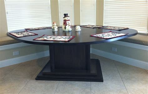 hand  kitchen area table  corner bench seating
