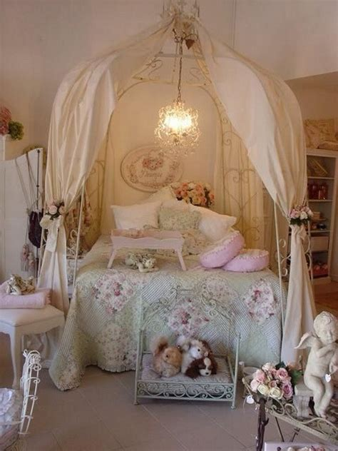 Shabby Chic Bedrooms Ideas by 33 And Simple Shabby Chic Bedroom Decorating Ideas