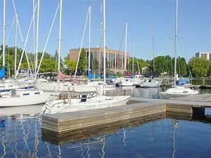 Belleville Marinas Victoria Park Marina And Bay Of