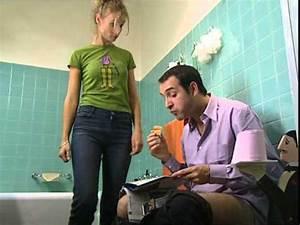 Video De Sexisme Dans Une Voiture : un gars une fille dans la salle de bain youtube ~ Medecine-chirurgie-esthetiques.com Avis de Voitures