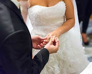 wedding rings With rings for wedding ceremony