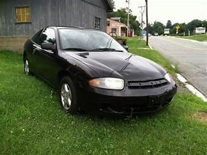 Sell Used 2004 Chevy Cavalier Coupe 2