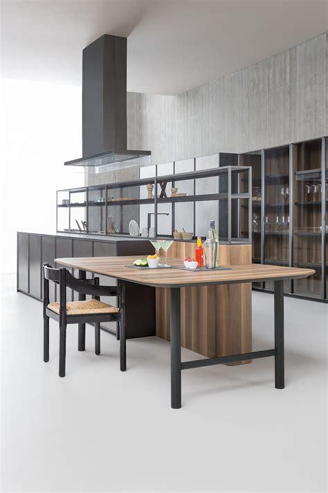 Mensole A Giorno Sistema Di Mensole E Vani A Giorno In Alluminio Per Cucina
