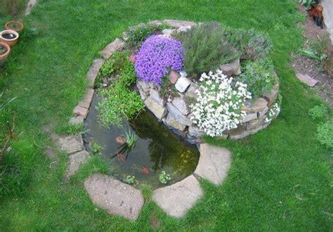 Miniteich Kleine Ruhe Oase Im Garten by Kr 228 Uterspirale Anlegen Eine Rundum Aromatische Sache