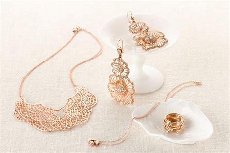 Wedding Accessories For Men :  Dagli Accessori Per Capelli Alle Scarpe