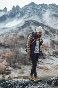 Hiking Outfit Ideas - Fashiotopia