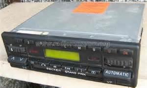 grand prix cassette electronic kurier 761 car radio becker
