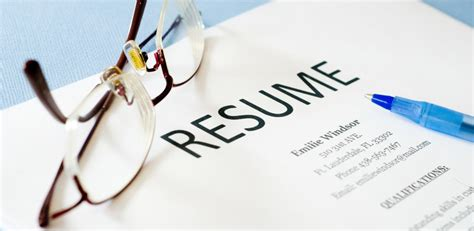 Photo In Resume Or Not by 5 Resume Tips For Aspiring And Current Mba Students
