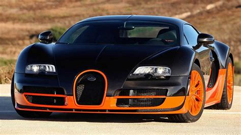 The bugatti veyron super sport had a production line of 30 units, this is inclusive of the world record editions. 2015 Bugatti Veyron 16 4 Super Sport - YouTube