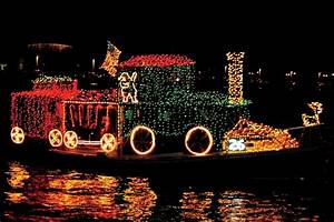 Boats Decorated For Christmas