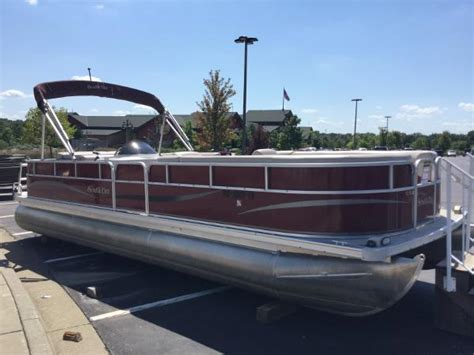 Bass Pro Used Boats Independence Mo by Southbay Pontoon Boats Used525cr Boattest
