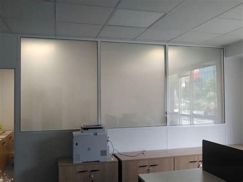 cloison verre bureau cloison de bureaux en verre pour séparer les espaces de